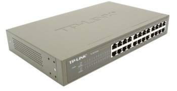Коммутатор TP-LINK < TL> (24UTP 10 / 100 / 1000Mbps) :: Салон 2116