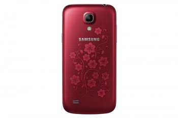 Смартфон Samsung GALAXY S4 mini (GT-I9190ZRZSER) 8Gb La Fleur 2014 Red 4.3